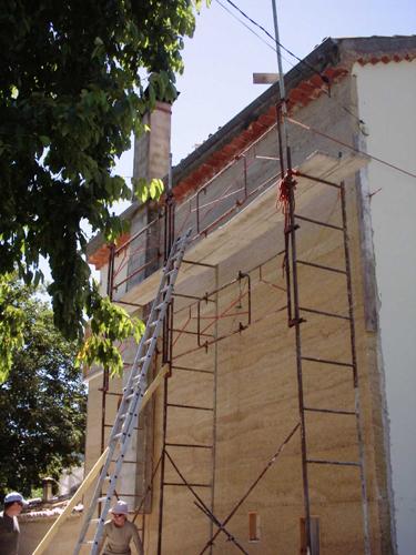 Chanvre banch isolation par l 39 ext rieur dosages for Enduire un mur en pierre exterieur